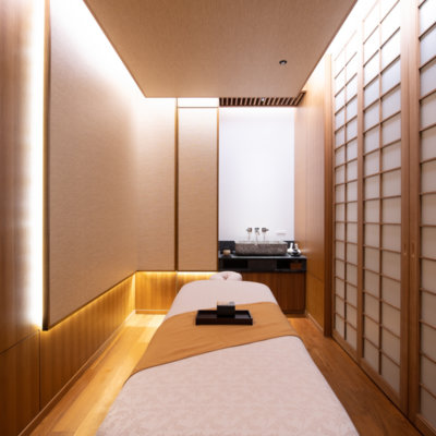Spacious Japanese tatami-style therapy rooms